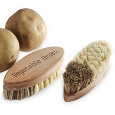 WOODEN VEGETABLE BRUSH VGBR